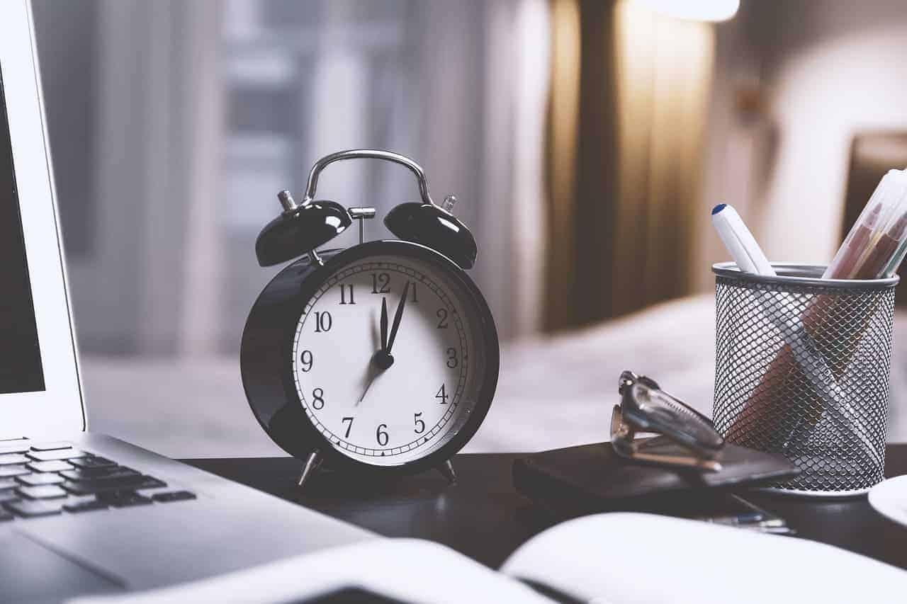 procrastinar ao acordar